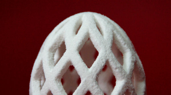 3D Printed Mesh Egg, work of Julian Sing (http://www.3dprintingpin.com/3d-printed-sugar-models-made-from-sugar/)