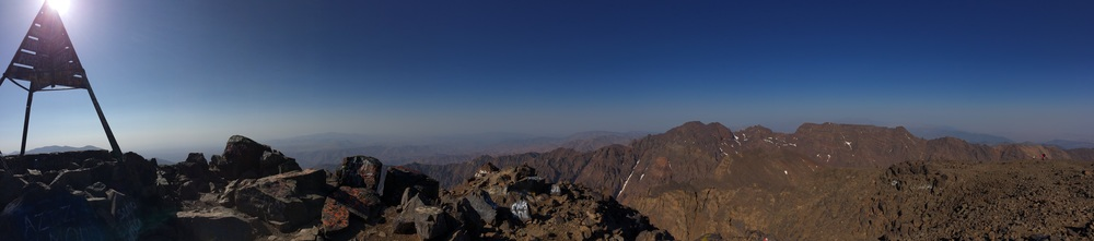 Toubkal_summit_panorama_summer_2015