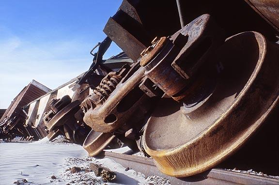 train_wreck_2.jpg