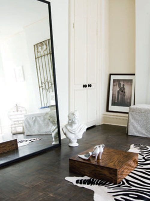 Parisian apartment boutique