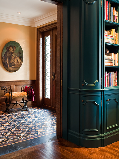 Exuberant Turquoise for the Curved Paneling (Casey Design/Planning Group Inc. - Photo by Ted Yarwood)