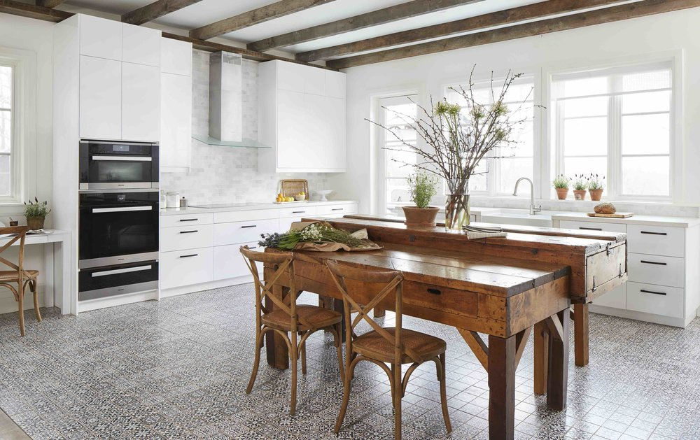 12. MiltonFarmHouse_Kitchen_Overall_F1.jpg