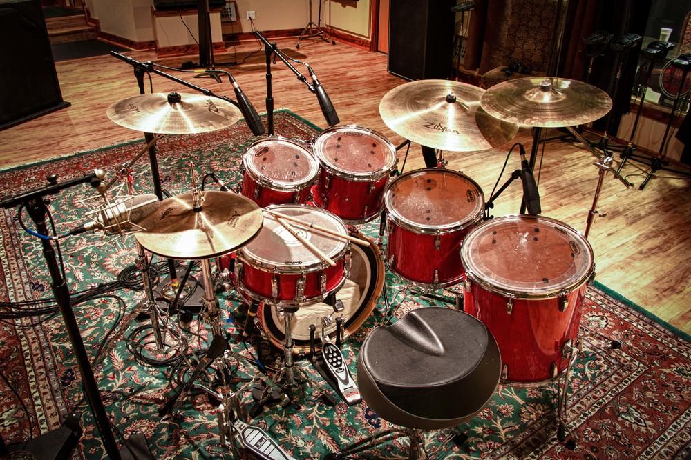 studio_gal_drums1.jpg