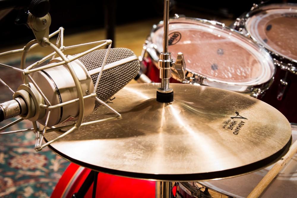 studio_gal_drums3.jpg