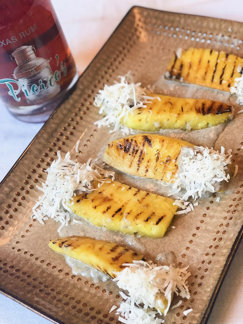 Grilled Pineapple w/ Coconut Rum Sauce