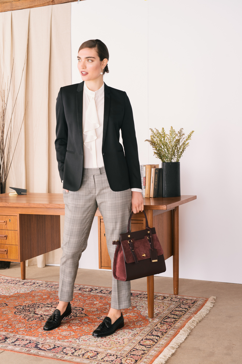 Marshalls_Shot_11_Trousers_Corp_Look_03 1007.jpg