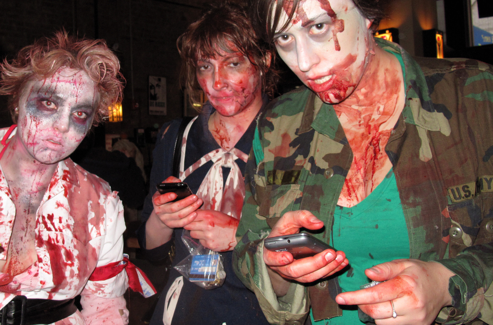 Cell phone Zombies - Matthew Hurst on Flickr