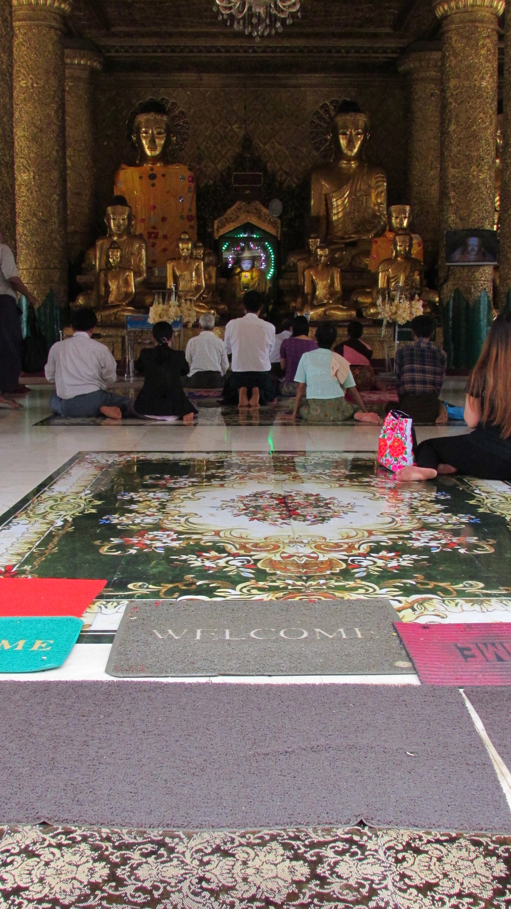 Welcome. Shwedagon Pagoda.