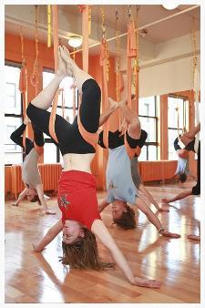 anti-gravity-yoga-09.jpg