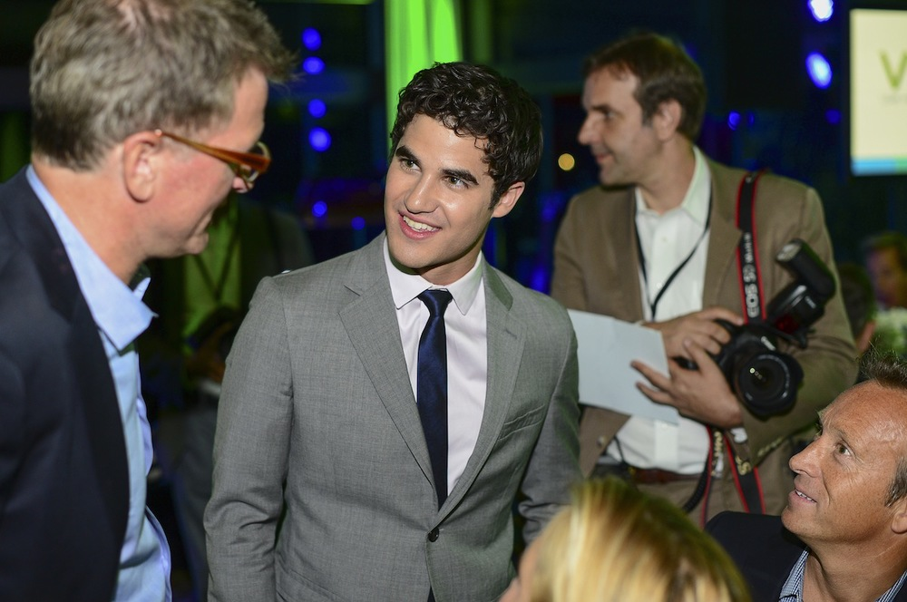 darren talking small.jpg