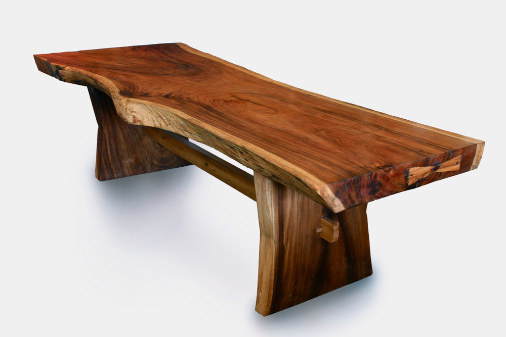 Majestic Live Edge Table (1)