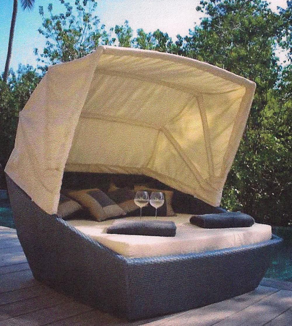 Copy of Breezeway Rattan Box Canopy Bed