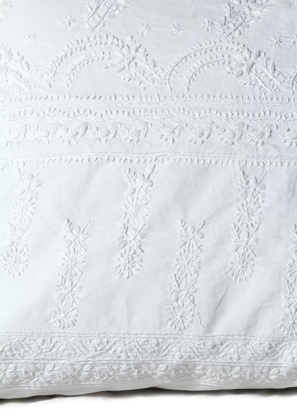 Old World Hand Embroidered Bedding (4)