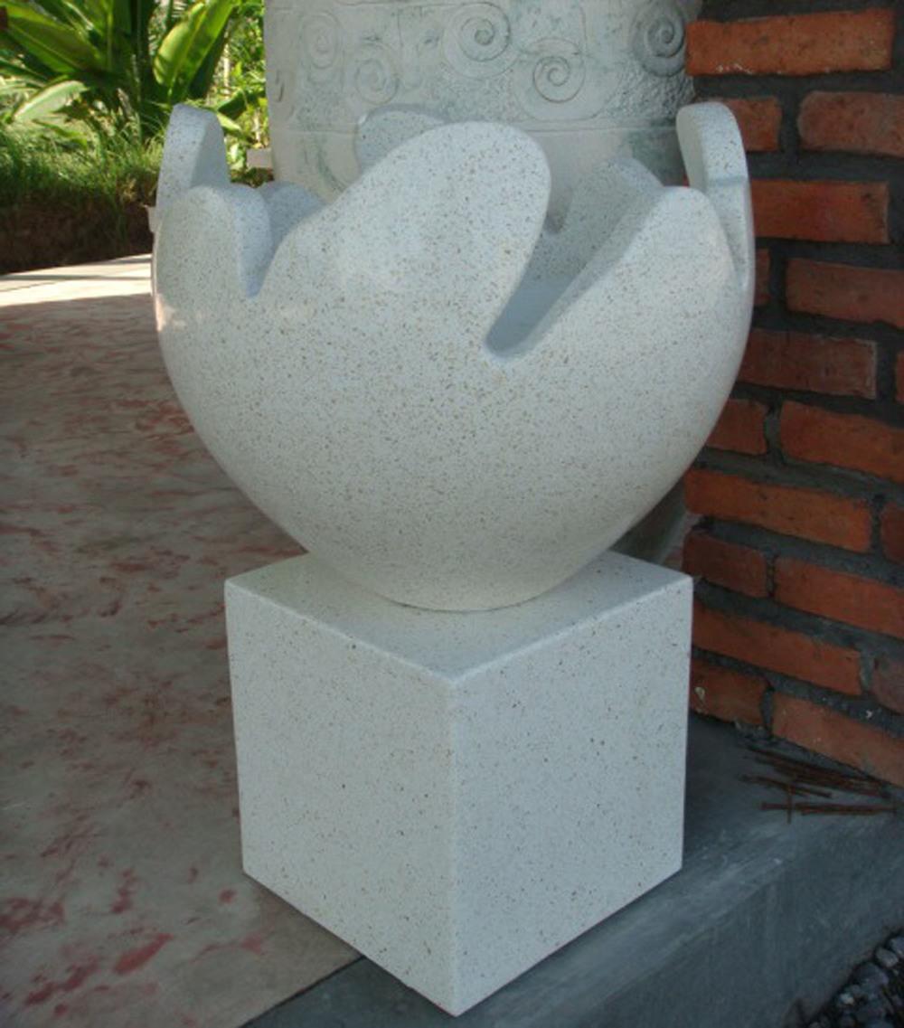 Terrazzo Speckled Egg Pot