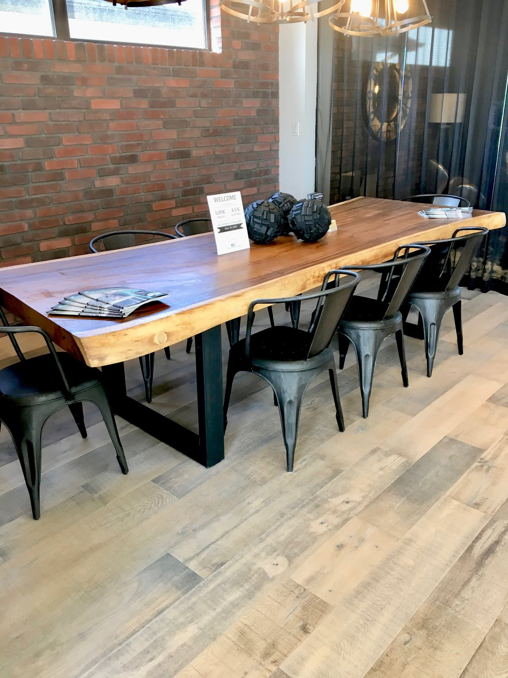 Artista show home furniture blue moon furniture winnipeg fall parade of homes 2017 show
