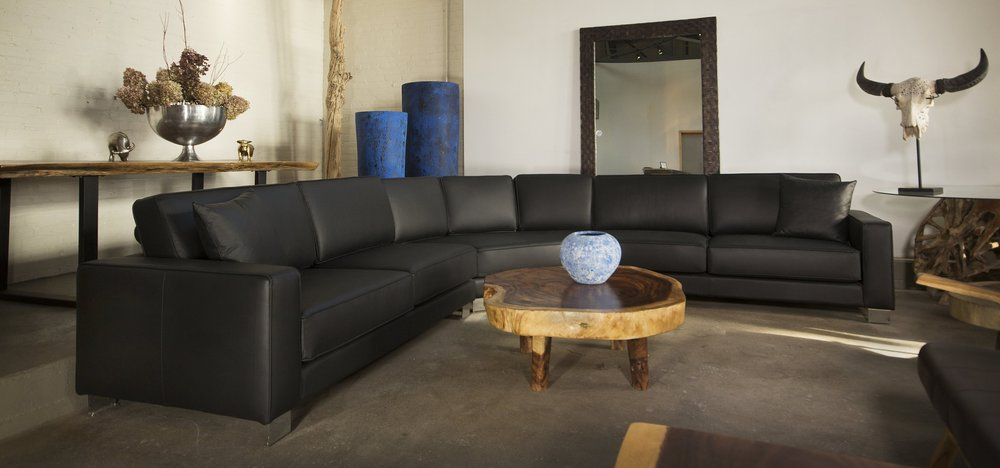 design 10 sectional in leather