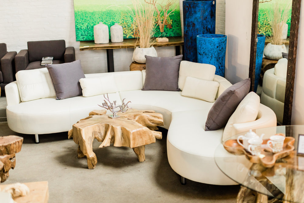 Cocoon 2 curvy leather sectional. Modern contemporary upholstery.
