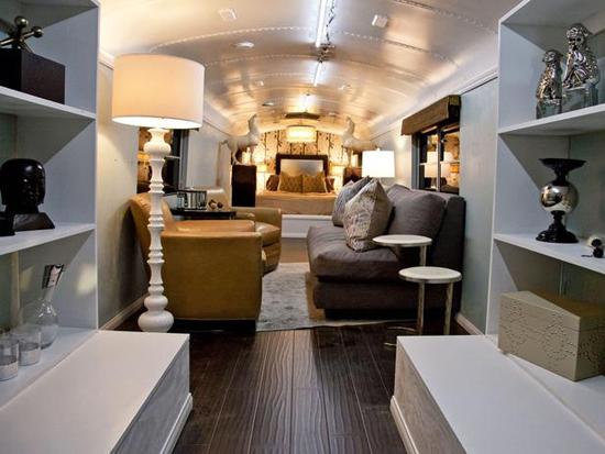 HSTARN806_anne-finished-bus-beauty1_h_lg.jpg