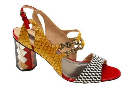 sandália com tilápia amarelo verniz | Paula Ferber