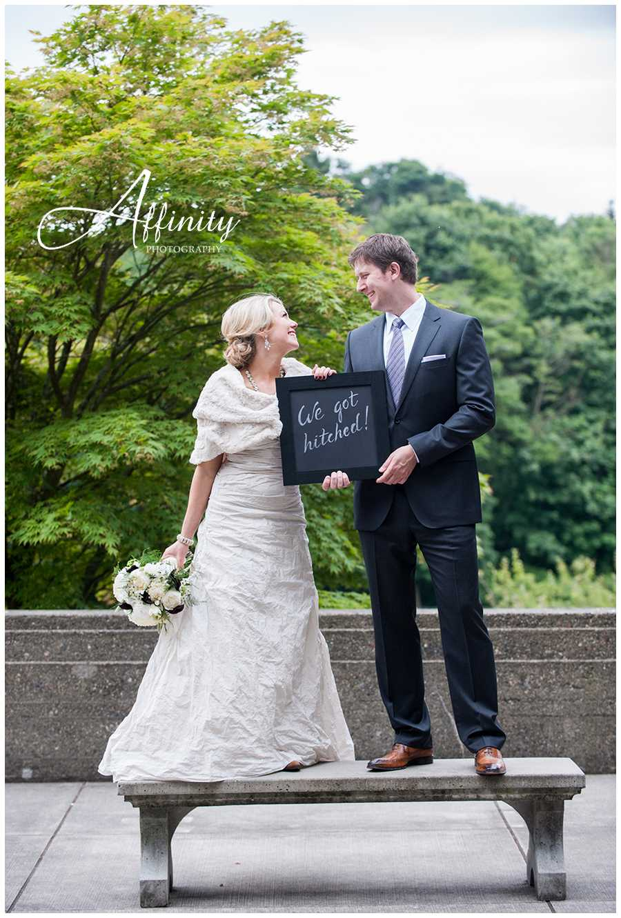 09-we-got-hitched-chalkboard-sign.jpg