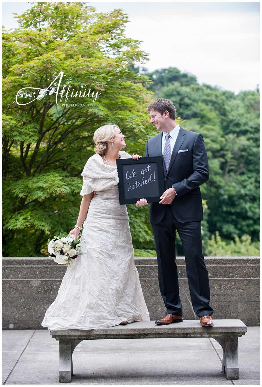 09-we-got-hitched-chalkboard-sign.jpg