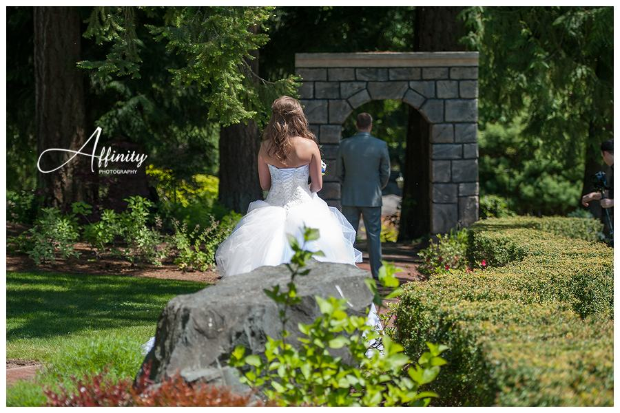 12-bride-approaches-groom-first-look.jpg