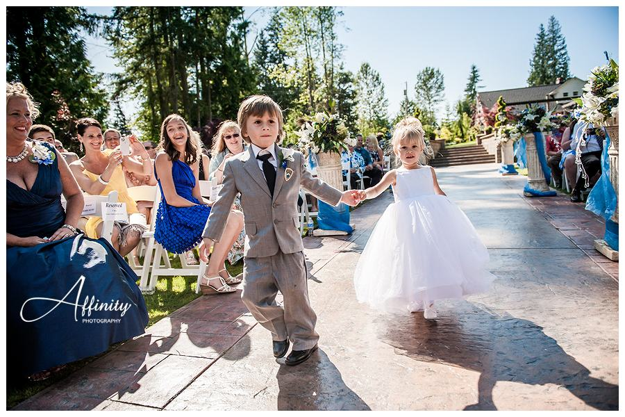 25-ring-bearer-flower-girl.jpg