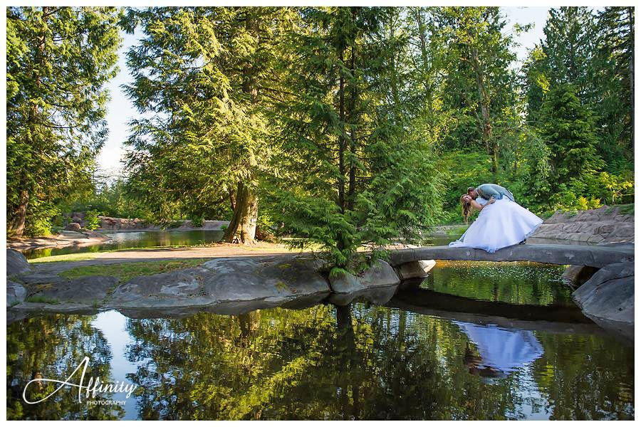 33-rock-creek-bride-groom-pond.jpg