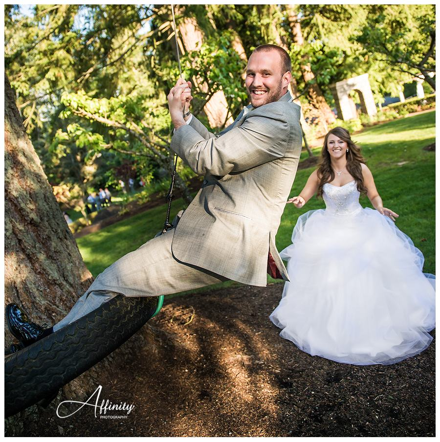 42-groom-tire-swing.jpg