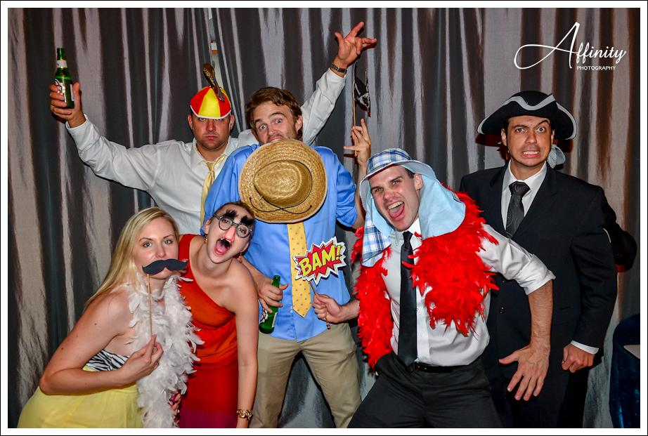 36-guests-photobooth.jpg