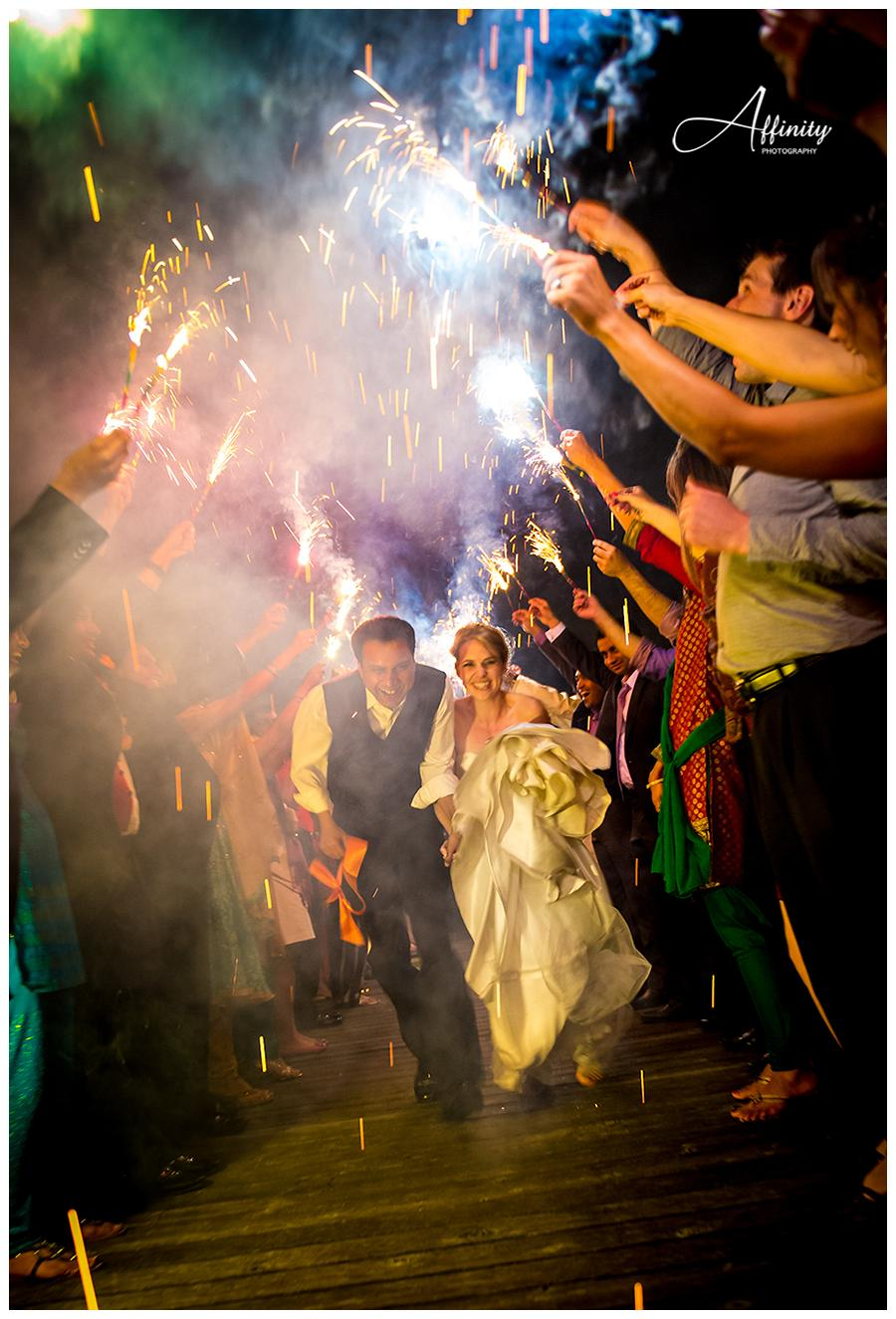 38-bride-groom-sparklers.jpg