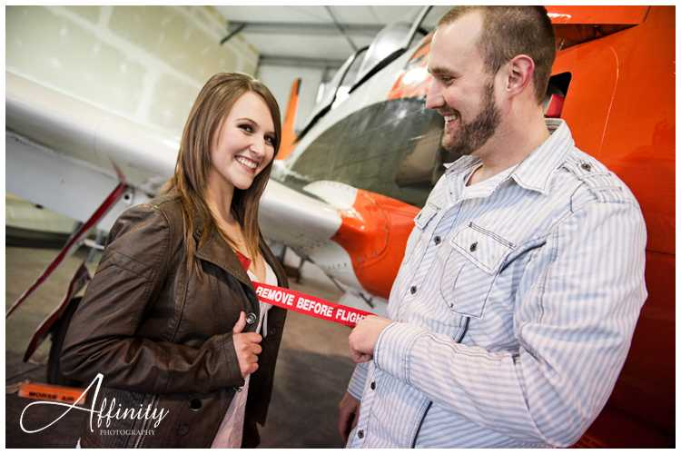 17-remove-before-flight-funny-engagements-session.jpg
