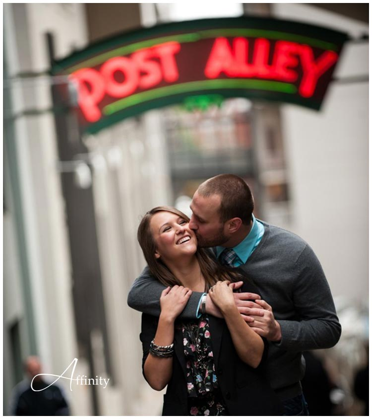 nick-kelsey-004-post-alley-neon-couple-kiss.jpg