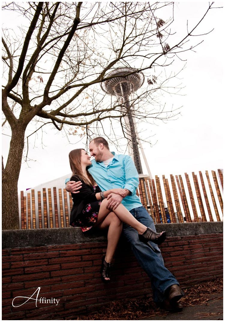 nick-kelsey-blog-016-space-needle-engagements.jpg