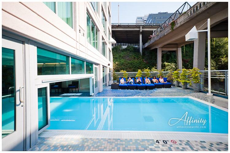 005-seattle-marriott-pool-wedding-girls.jpg
