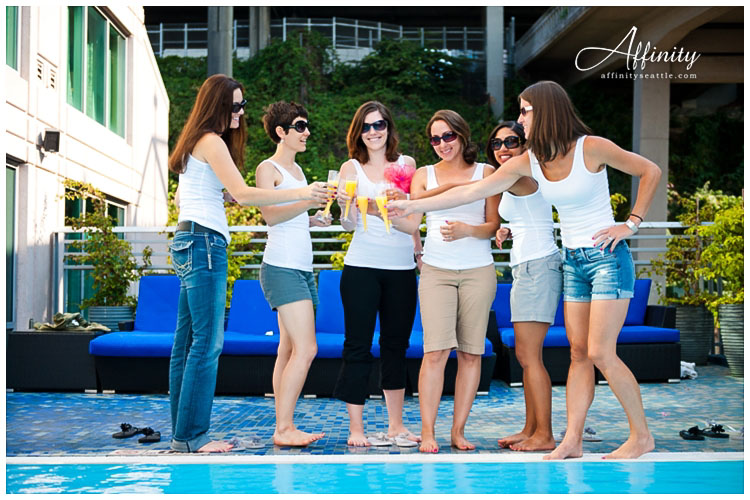 007-bridal-girls-mimosas.jpg