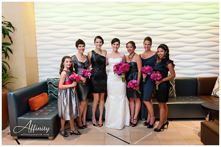 016-bride-bridesmaids.jpg