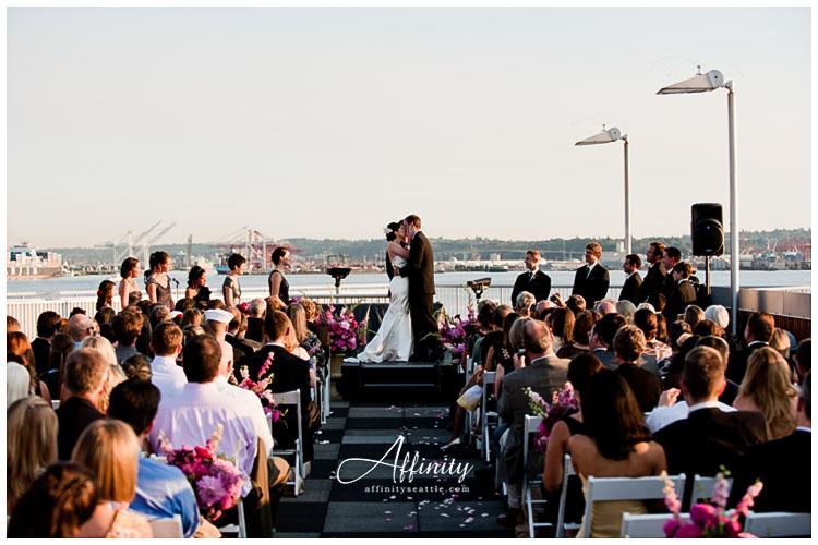 032-rooftop-wedding-kiss.jpg