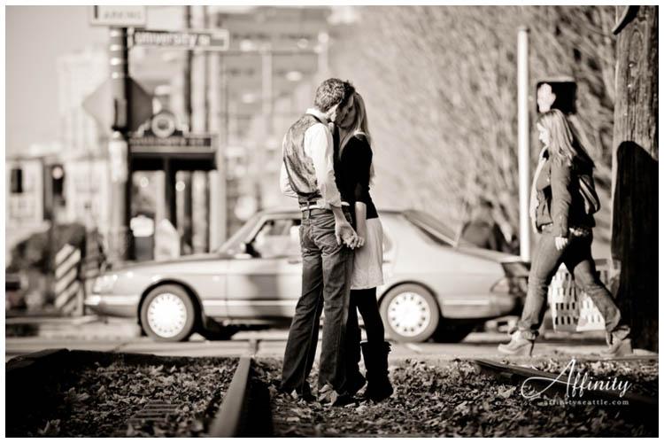 005-kissing-on-tracks.jpg