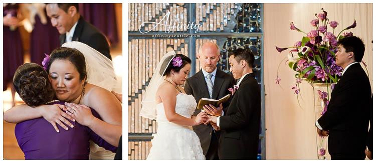 030-bride-hugs-mother-rings.jpg