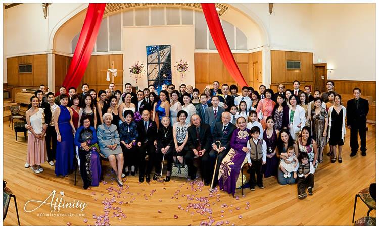 035-huge-family-portrait.jpg