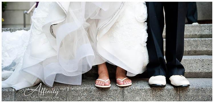 055-bride-groom-shoes-steps.jpg