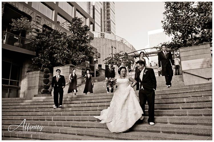 056-bridal-party-walking-down-steps.jpg