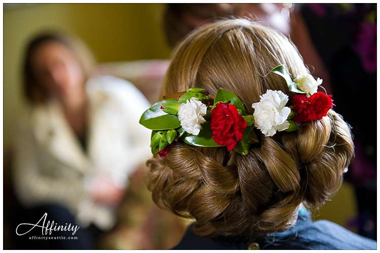 006-flowers-in-brides-hair.jpg