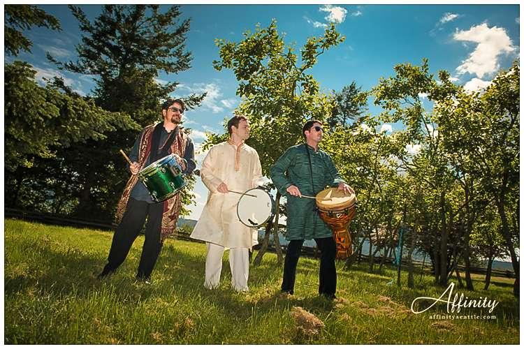 011-indian-wedding-drums.jpg