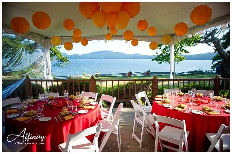 025-wedding-dinner-tables-outdoors.jpg