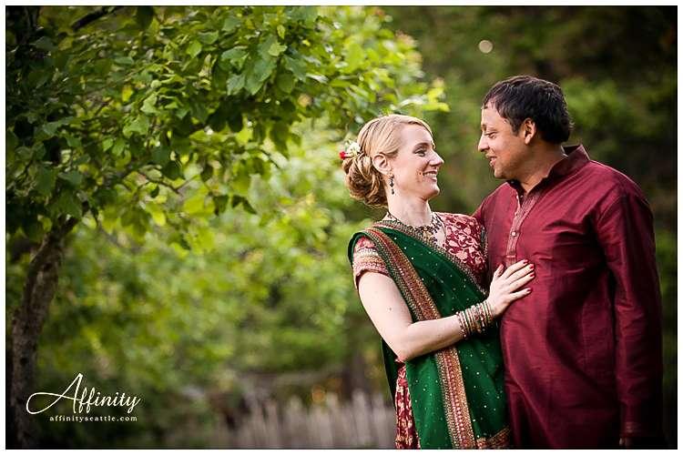 032-bride-groom-embrace-field.jpg