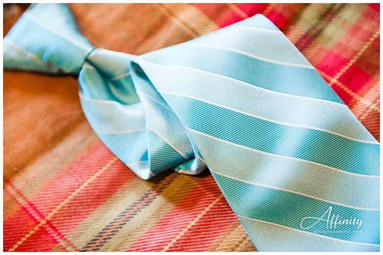 006-groom-tie.jpg