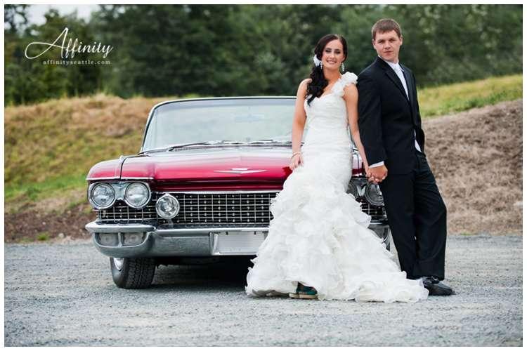 014-bride-groom-convertable-car.jpg