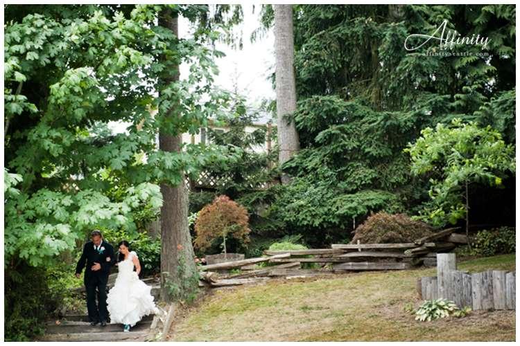 027-bride-father-long-walk.jpg